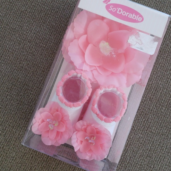 Other new in box floral pink headband and booties poshmark new in box floral pink headband and booties mightylinksfo